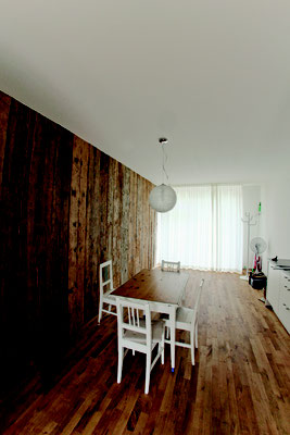 Atelier Sanierung gebürstetes Holz  ©2019 Welte Architetkur