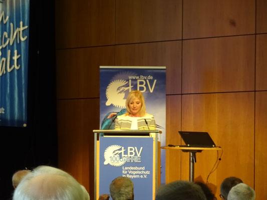 Bayerns Umweltministerin Ulrike Scharf lobte den LBV