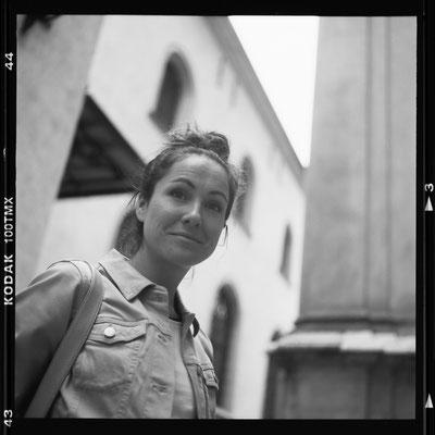 Alex Settari, 2021, mit Rolleiflex von 1954