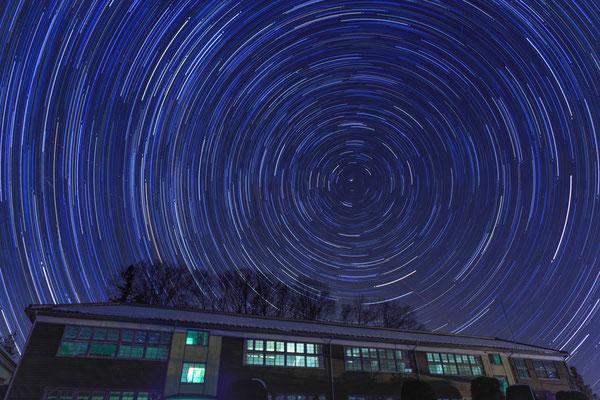 輝く校舎  第34回埼玉写真サロン展【奨励賞】      群馬県中之条町