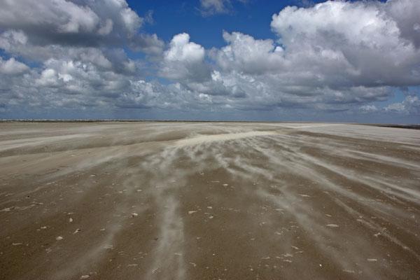 Die Weite der Strande von Sankt Peter-Ording ist einzigartig in Deutschland