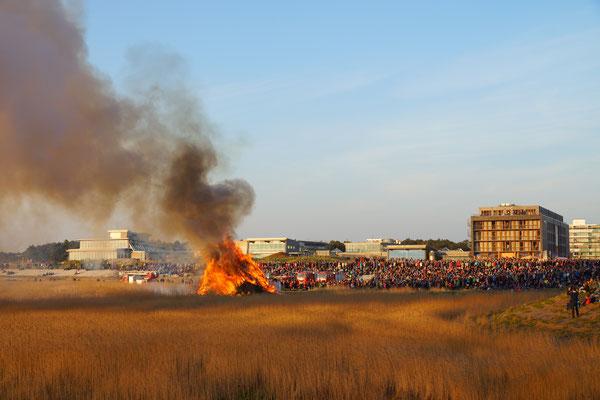 Die Osterfeuer in Sank Peter-Bad sind jedes Jahr ein großes Ereignis