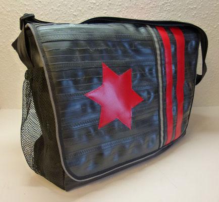Schultasche-Tasche-Umhängetasche-recycelt-Fahrradschlauch-LKW-Plane-Applikation-Marion Kienzle Upcycling & Design-Unikat-nachhaltig-