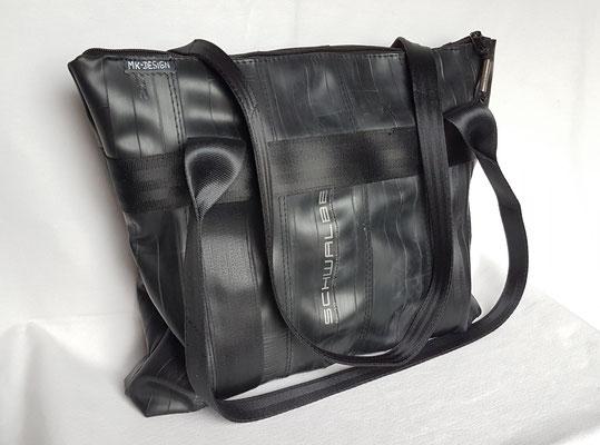Shopper-Tasche-Umhängetasche-recycelt-Fahrradschlauch-Marion Kienzle Upcycling & Design-Unikat-nachhaltig-