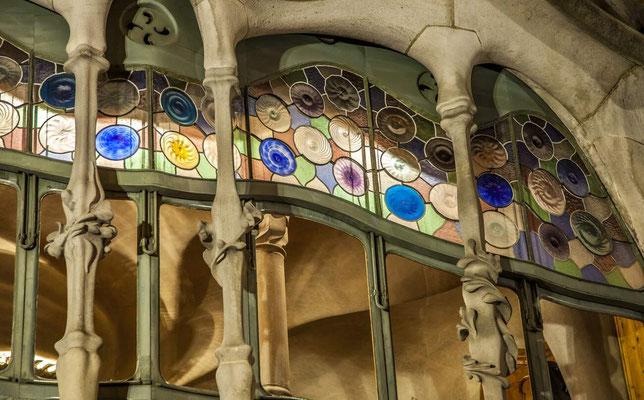 Barcelone en Espagne - Antoni GAUDI, architecte - Casa Batllo - Photos de villes - Photos de nuit - Paysages urbains - Vacances en Espagne - Architecture de Barcelone - Dominique MAYER - www.dominique-mayer.com
