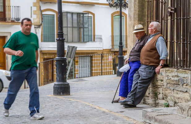 Ville d'Antequera en Espagne - Badauds - Flâner en Espagne - Vacances en Espagne - Dominique MAYER - www.dominique-mayer.com