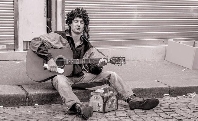 #Artistes de rues de Paris - #Paris - #PhotosParis - #Paysagesurbains - #Dominique MAYER - www.dominique-mayer.com