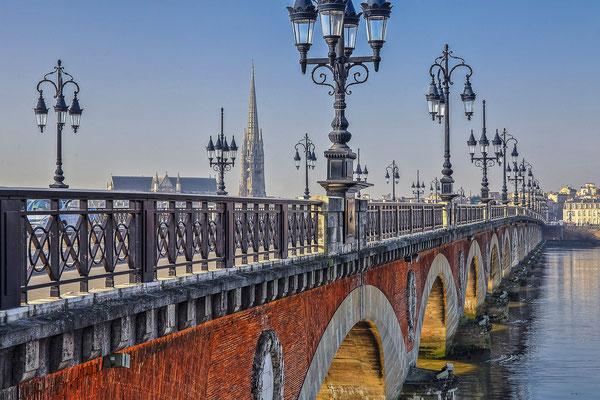 Paysage urbain - Pont de Pierre, Bordeaux - Photographie HDR - Dominique MAYER - www.dominique-mayer.com