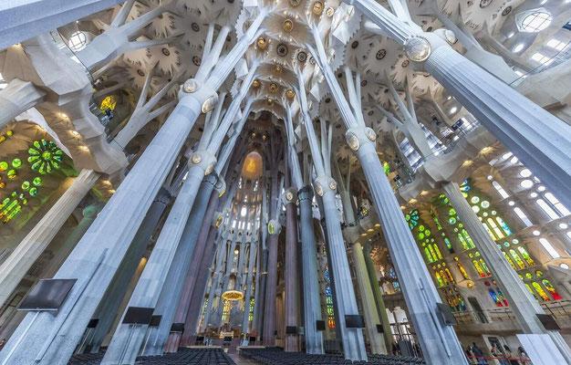 Barcelone en Espagne - Photos de villes - Paysages urbains - Antoni Gaudi, architecte - Sagrada Familia - Vacances en Espagne - Architecture de Barcelone - Dominique MAYER - www.dominique-mayer.com