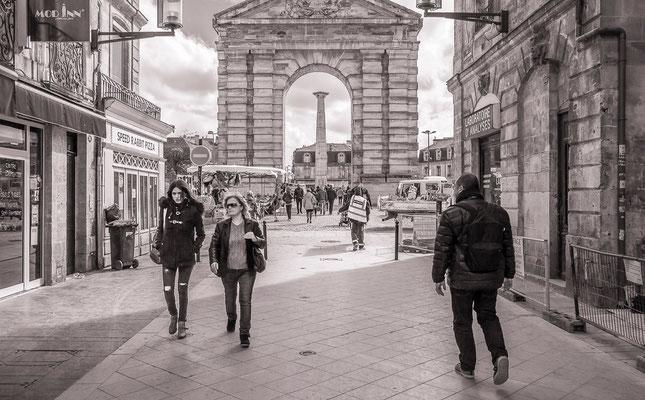 #badauds de Bordeaux - #Promeneur de #Bordeaux - #Photos de Bordeaux - #Paysagesurbains - #Photos de rues - #Dominique MAYER - www.dominique-mayer.com