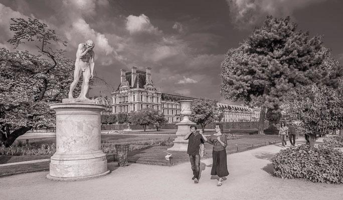#Lesbadauds - Le jardin des Tuileries - #Architecture de Paris - #Paris - #Photos de Paris - #Paysagesurbains - #Dominique MAYER - www.dominique-mayer.com