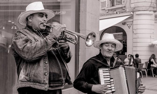 #Artistes de rues - #Les badauds de Strasbourg - #Photos de #Strasbourg - #Paysages urbains - #Dominique MAYER - www.dominique-mayer.com
