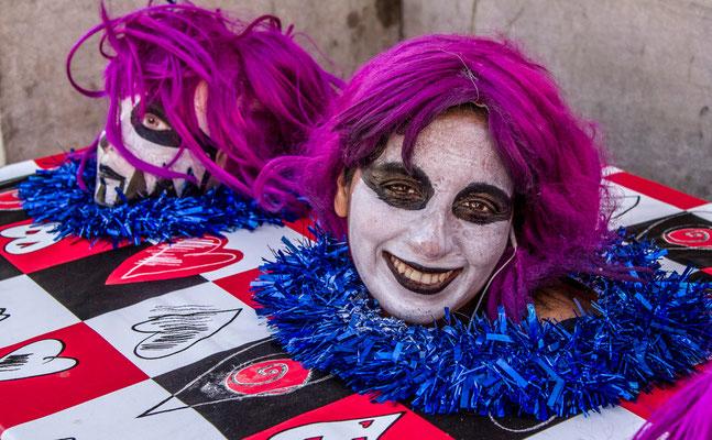 Arststes de rues - Les rues de Séville - badauds - Flâner à Séville - Séville en Espagne - Photos de Séville - Vacances en Espagne - Dominique MAYER - www.dominique-mayer.com