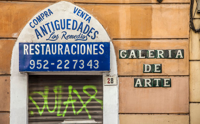 Les rues de Malaga - Badauds - Flâner à Malaga - Malaga en Espagne - Photos de Malaga - Architecture de Malaga - Vacances en Espagne - Dominique MAYER - www.dominique-mayer.com
