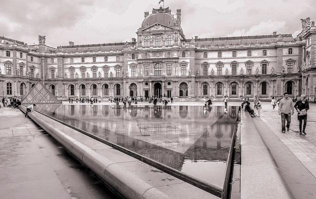 #Le Louvre - #Pyramide du Louvre - #Architecture de Paris - #Paris - #Photos de Paris - #Paysages urbains - #DominiqueMAYER - www.dominique-mayer.com