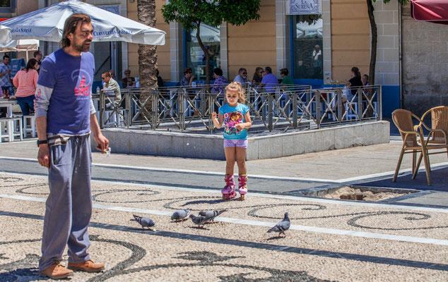 Les rues de Jerez de la Frontera - Badauds - Flâner à Jerez de la Frontera - Jerez de la Frontera en Espagne - Photos de Jerez de la Frontera - Vacances en Espagne - Dominique MAYER - www.dominique-mayer.com