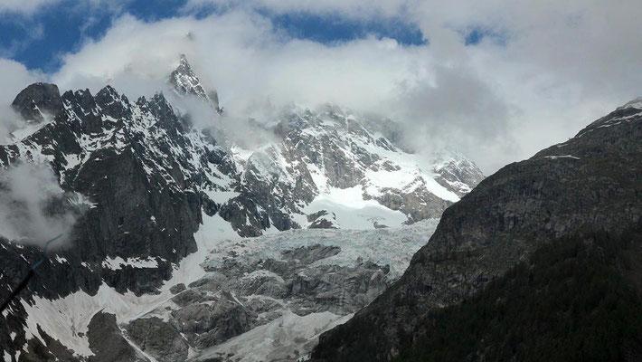 Sortie du Tunnel du Mont-Blanc