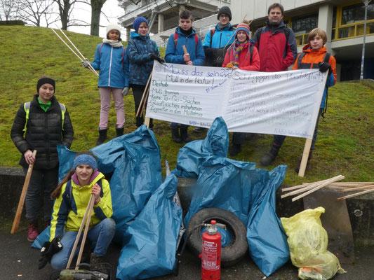 Foto: Abfall sammeln, Maria Ruland