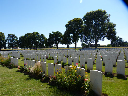 Longueval Delville Wood Cemetery