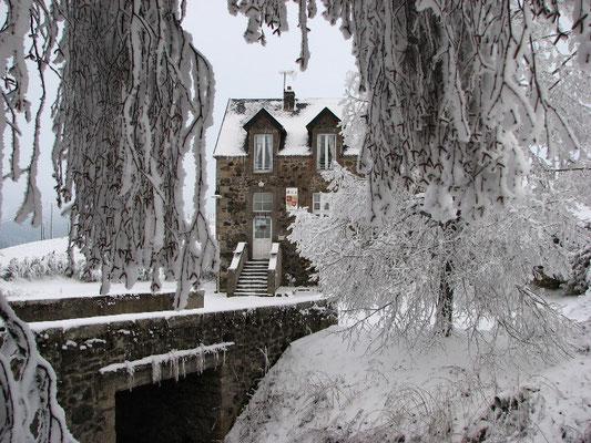 Mairie de la Godivelle en hiver