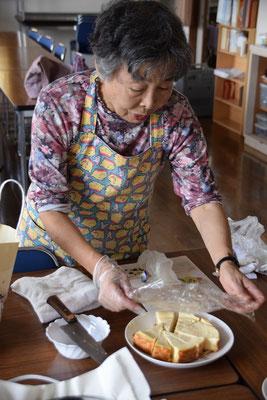 書子さん、手作りチーズケーキも準備しておられました。おいしいですよ(味見しました どうもスミマセン)。