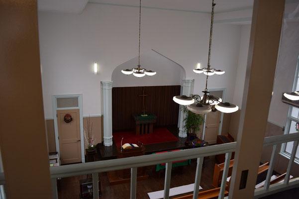 旭東教会の歴史ある会堂後方より 森牧師が初めて岡山に来たときに撮影したもの。