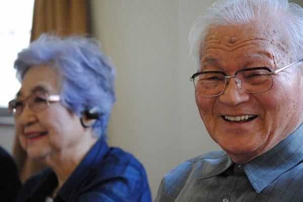 素敵な笑顔のWさんご夫妻。ご主人は昨年のクリスマスに洗礼を受けられました。