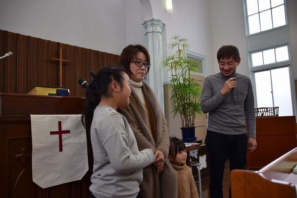 右端の理一郎さんは、子どもの頃から旭東教会を舞台に?育った方です。広島で元気に頑張っておられます。