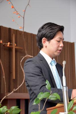 説教が始まりました。イザヤ書44章という、日本キリスト教団の聖書日課からの『心の中の偶像』という題でした。