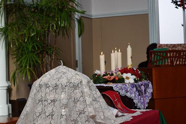 クリスマス礼拝の時の一枚。聖餐が祝われた。