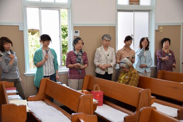 イースター礼拝に続いてのBell演奏が祝祷のあとの後奏で捧げられました。