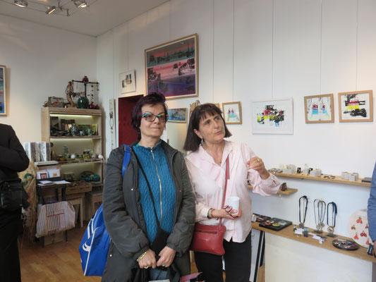 Vernissage à la boutique  Rouge Grenade de l'exposition de l'artiste plasticienne Sarah Wiame.