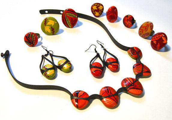 Cailloutchou-déliz - collier galet réversible -  motif feuilles - boucle d'oreille - bagues