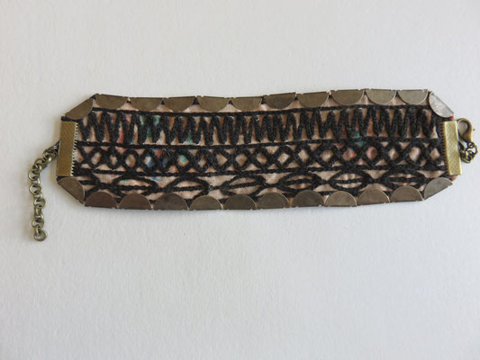 MIM - Bracelet - ancienne broderie du Baloutchistan ou  Turkmenistan