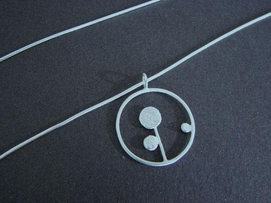 """Nenuphar bijoux - pendentif cercle """"germination"""""""