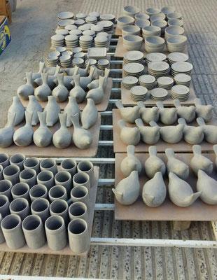 Atelier  de Darya Alishah - les oiseaux - avant l'émaillage