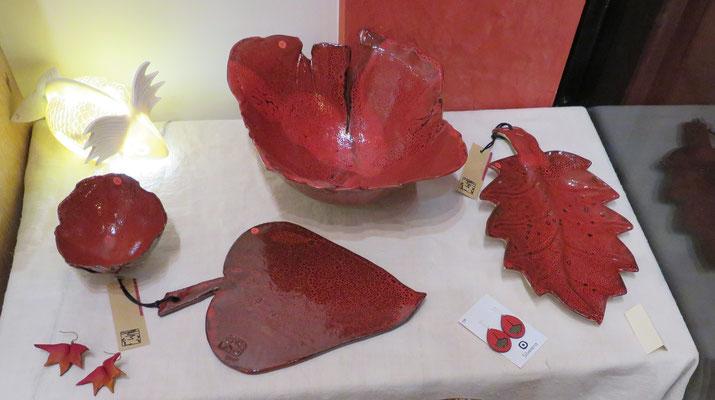 Sophie Gallé-Soas - plat feuille rouge et coupe rouge