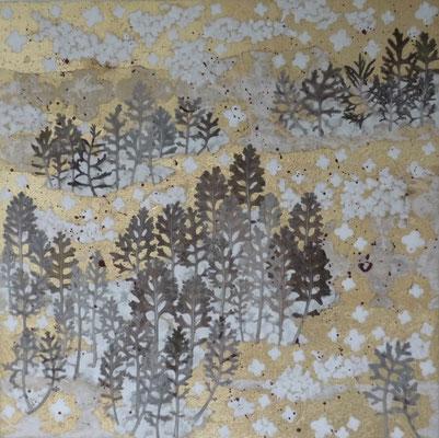 Alain Guillon - petit voyage éthéré n° 32 - 40x40cm - technique mixte, feuilles de cuivre doré, poudre de marbre, papier de soie, papier japonais, pigment coloré, végétaux séchés, vernis.