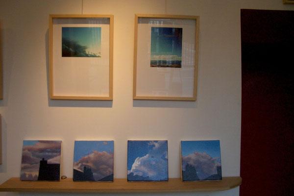 Photos de Kata ILLES - étagère : petits tableaux de C Francheteau