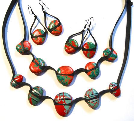 Cailloutchou-déliz - collier galet réversible -  motif feuilles - boucle d'oreille