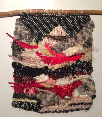 Margot Jayle -  Tissage - fil de soie coton, laine, plume - 30x24cm