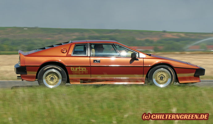 Lotus Esprit Turbo - James Bond Replica - (1981 - 1987)
