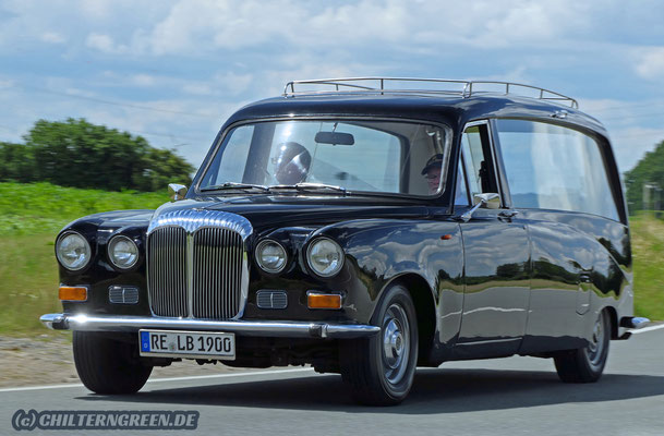 Daimler DS420 Hearse (1984)