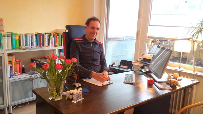 Dr. Marc Fiddike - Sprechzimmer - 2016