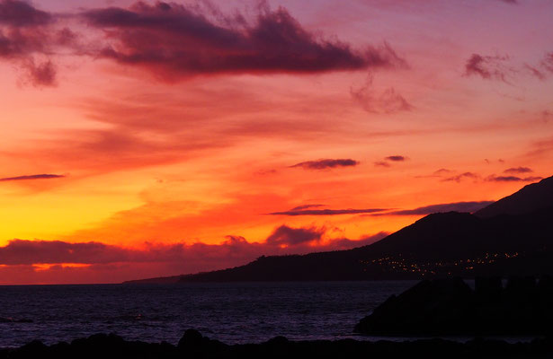 Sonnenuntergang in Lajes do Pico - Pico