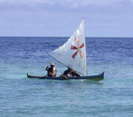 Fischerboot auf Pulau Ai