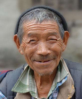 Mann aus der Tibetischen Volksgruppe