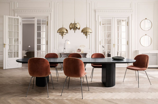 Chaise design vintage Beetle Chair Gubi