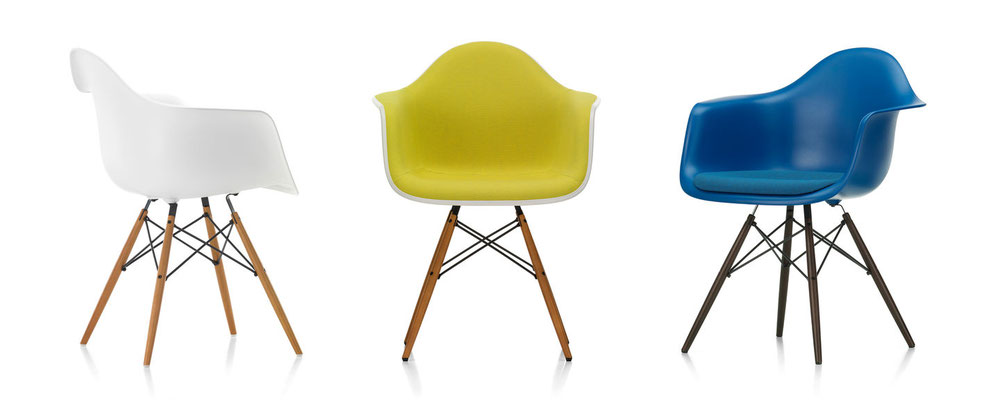 Eames Plastic Chair Vitra Luxembourg