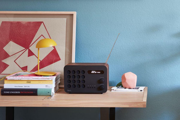 Charles & Ray Eames Radio by Vitra